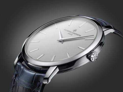 江诗丹顿推出全新的Traditionnelle系列腕表