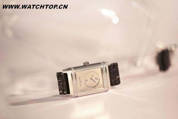 时尚腕表的碰撞 积家Reverso翻转系列腕表惊喜呈现 热点动态 第2张