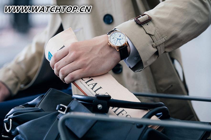 格拉苏蒂推出Senator Excellence议员卓越万年历腕表