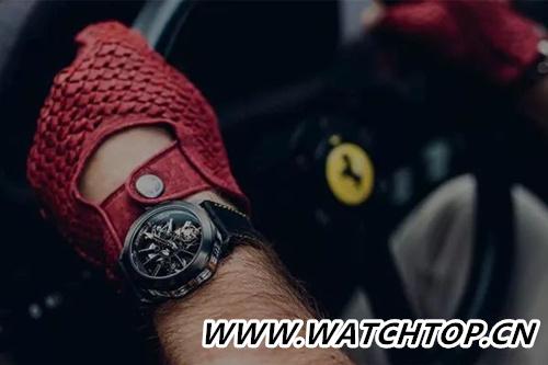 宝格丽联手SOC为其会员推出专属限量版腕表